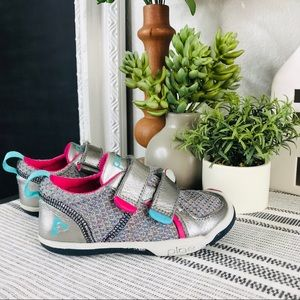Plae Silver Shoes Sz 9 Toddler